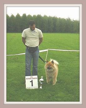 Yuli werd beste teef op de clubmatch 2004