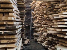 Kiri - Holz - Stapel