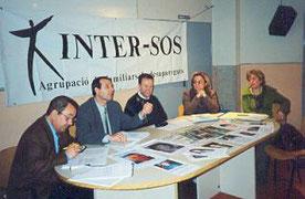 Nueva junta directiva. De izquierda a derecha: Sr. Manuel Jaime (Presidente) Sr. Juan M. Bergua (Secretario) Sr. Manuel Tejada (Vocal mayor) Sra. Isabel López (Tesorera) Helena Aixelà (Asesora jurídica de la asociación).