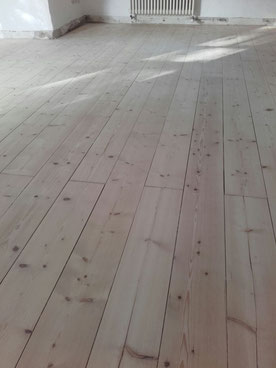 Rolf  Lüttmers Natur und Lehmbau. Parkett u. Fußbodentechnik.     Neu verlegung . Restauration  Holz und Natur-böden Handel.