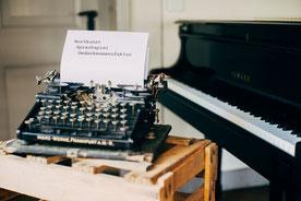 Marie Gabrielle- Wortkunst Poetry