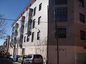 Dirección Ejecución Material (Dirección de Obra) de edificio de viviendas residenciales con garajes - OMB Arquitecto Técnico - Dirección de obra y Proyectos en Madrid