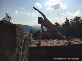 Yoga Asana Madenburg Pfalz Lebensfreude Wohlbefinden Veränderung