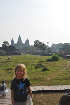 Nouchine zeigt Angkor Wat