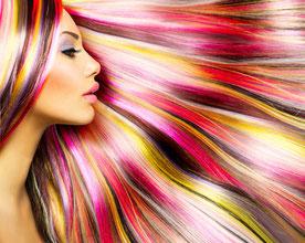 Wir machen Euch farbenfrohe Colorationen, Tönungen und färben Augenbrauen.