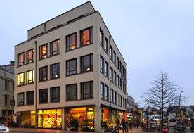 Entspannung lernen im Hamburger Westen: Bahnhofsplatz Blankenese