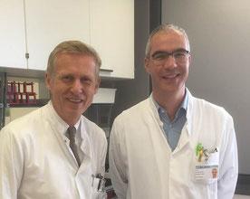 Die Marburger Mediziner Prof. Dr. med. Michael Hertl (links) und Dr. med. Rüdiger Eming amtieren als Sprecher der neuen Forschergruppe zur Hautkrankheit Pemphigus.  (Foto: Klinik für Dermatologie und Allergologie Marburg)