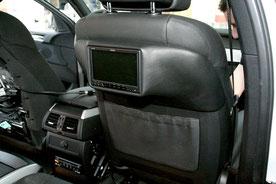 GFK-Konsolen für Monitore an den Vordersitzen