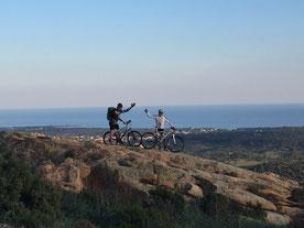escursione in mountain bike in Sardegna, golfo di Orosei