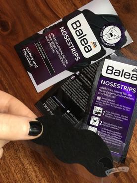 Balea Nosestrips mit Aktivkohle / Foto: Batty Blue