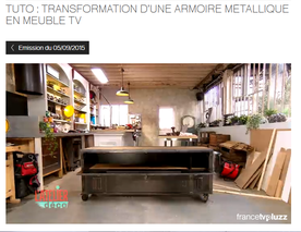 Atelier d co du 5 09 transformation d 39 un vestiaire en meuble t l par b - Decaper un vestiaire metallique ...