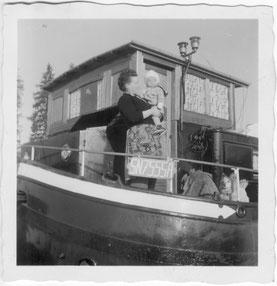 Aufgrund des angebrachten Eichzeichens SN755SA  ist dieses Bild aus dem Fotoalbum der ehemaligen Eignerfamilie zwischen dem 15.05.1961 und dem 13.06.1971 aufgenommen  worden.