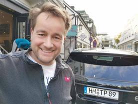 Autoschlüssel Hamburg Techniker Herr Thoß - Autoschlüssel Nachmachen Hamburg - Programmieren Auto Werkstatt
