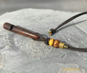 Schlüsselanhänger aus Nappaleder mit Sterlingsilber-Endkappen