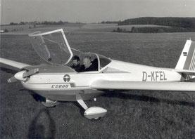Hermann Eichner (li.) und Heinrich Mädl im neuen Motorsegler