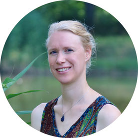Camilla Harfmann, Natur-Erlebnispädagogin, Lebens- und Sozialberaterin in Ausbildung und unter Supervision