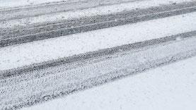 Winterdienst: Salzstreuen, Schneeräumen