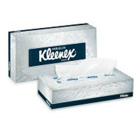 Caja de pañuelo facial Kleenex. Caja con 72 cajitas cada una con 90 hojas