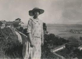 f. 22.3.1906 i Johannesburg, Syd Afrika, d. 10.1.2000 i Opotiki, Nya Zeeland