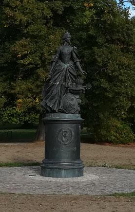 Denkmal von Katharina II: im Schlosspark Zerbst/Anhalt