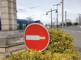 Détournement de panneau réalisé à Bordeaux