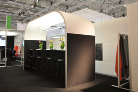 Messebau, Messeauftritt, Messestand, AOS, Köln, Orgatec, Raumundfunktion, Meetingpoint,