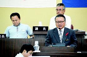 給付型奨学金条例が可決した=22日、竹富町議会議場