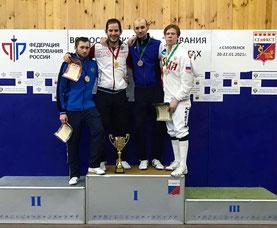 Егор Гужиев (первый справа)