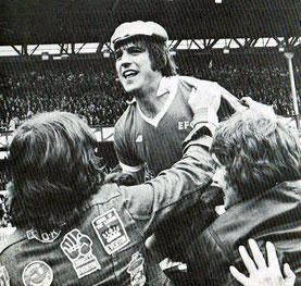 Bobby Latchford im Trikot des Everton FC