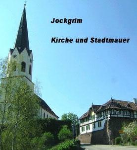 Jockgrim: Kirchberg mit Kirche und Stadtmauer,       Foto: Ochsenreither