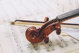 バイオリン スクロール 楽譜