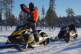 Schneemobiltour im März