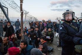 Frontera de Grecia y ARY Macedonia © Alex Yallop/MSF