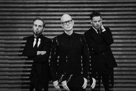 (v.l.) Joakim Montelius, Eskil Simonsson, Andreas Catjar / Foto: Fredrik Wik Clarke / Bengt Rahm