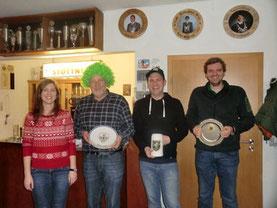 v.l.n.r. Carina Robl, zweiter Sieger Reinhold Buczek, erster Sieger Michael Hopfensperger, drittter Sieger Andreas Hurzlmeier
