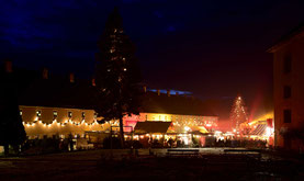 Adventskalender , fenster , festung , königstein , winter , weihnachtsmarkt , lichter , historisch , romantisch