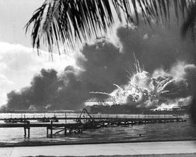 PD: Flag raising on Iwo Jima
