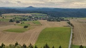 Hinterhermsdorf (Ausblick vom Aussichtsturm Weifberg)