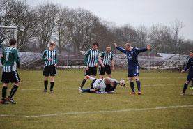 Hier konnte Keeper Rüdiger noch klären, beim 1:0 war aber auch er machtlos (Foto: St. Rahn)