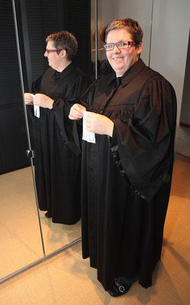 Veronika Kabis: Nein, keine Pfarrerin, sondern ehrenamtliche Prädikantin