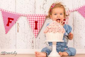 Giant Cupcake, Cakesmash Eindhoven, Taarten Eindhoven, Taart Eindhoven, Grote cupcake, Grote cupcake Eindhoven
