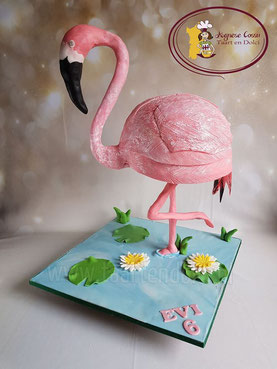 3D taart, Flamingo taart, Flamingo taart eindhoven, 3D taart Eindhoven, verjaardagstaart eindhoven, themataarten eindhoven, persoonlijke taarten eindhoven, verjaardagstaarten eindhoven, fondant taarten eindhoven, taart bestellen eindhoven, taart en dolci