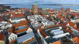 Luftbilder von Stralsund Nähe von Rügen an der Ostsee