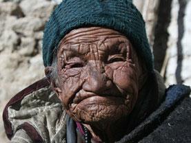 Eine ladakhische Bäurin. Foto von Tashi Wangail.
