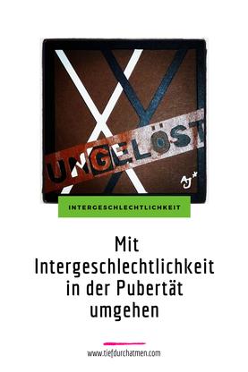"""Grafik von © Alex Jürgen auf der XY-Ungelöst steht. Darunter die Überschrift """"Mit Intergeschlechtlichkeit in der Pubertät umgehen."""""""