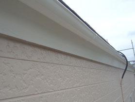 軒雨樋、破風板 塗装後
