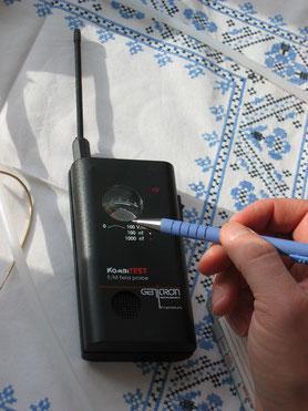 eines der möglichen E-Smog Testgeräte