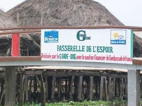 Construction de la passerelle de l'espoir avec l'ambassade de France