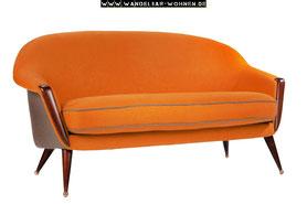 Einrichtungsstil, Wohnstil, Wohnen, Einrichten, Wohnideen, Wohntrends, Retro-Stil, Retro-Sofa, oranges Sofa, Sofa aus den 60ern