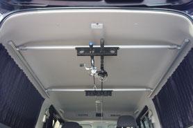 NV350キャラバンのロッドホルダーです。